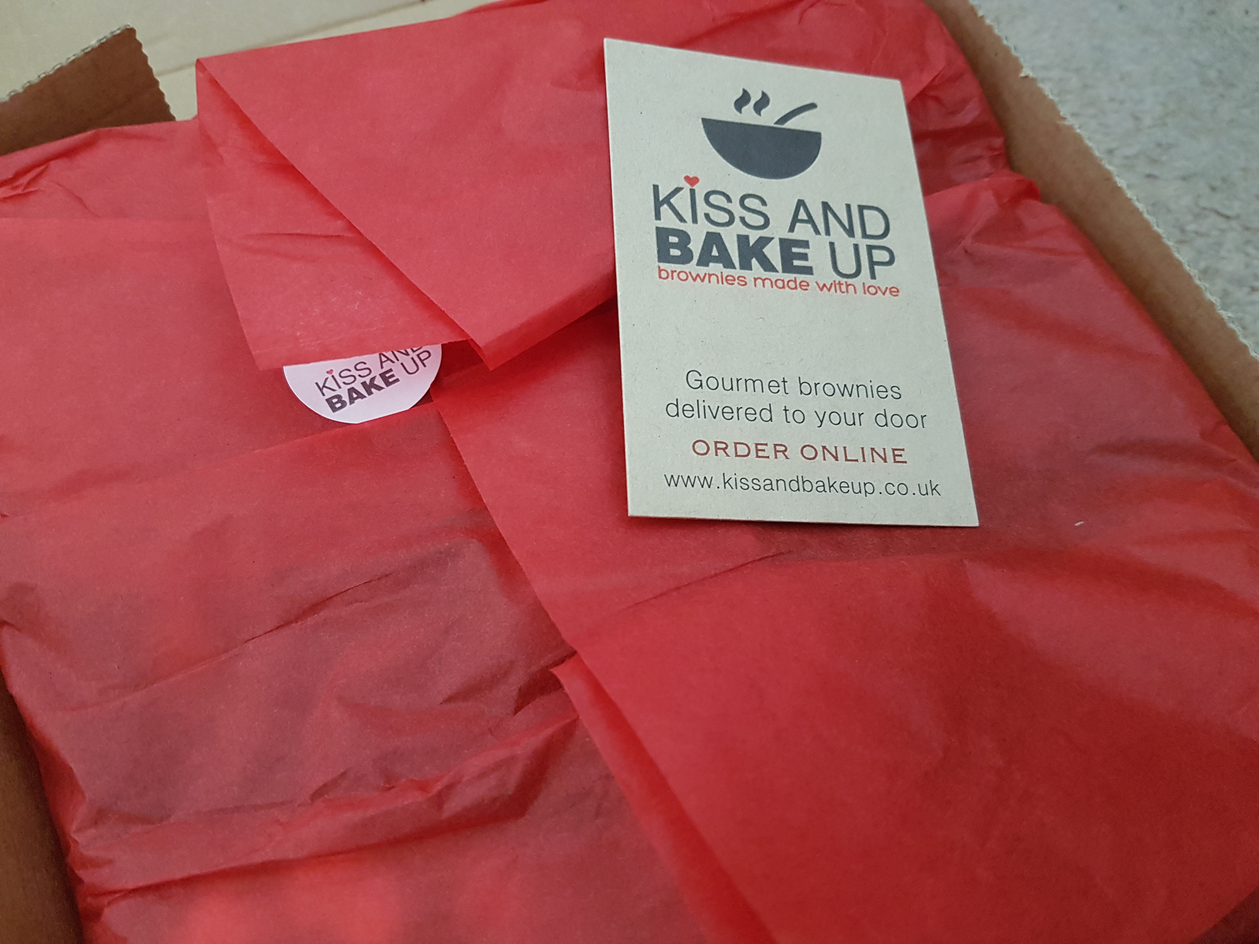 Kiss and Bake Up brownies arrive wrapped in tissue paper so they make a lovely gift