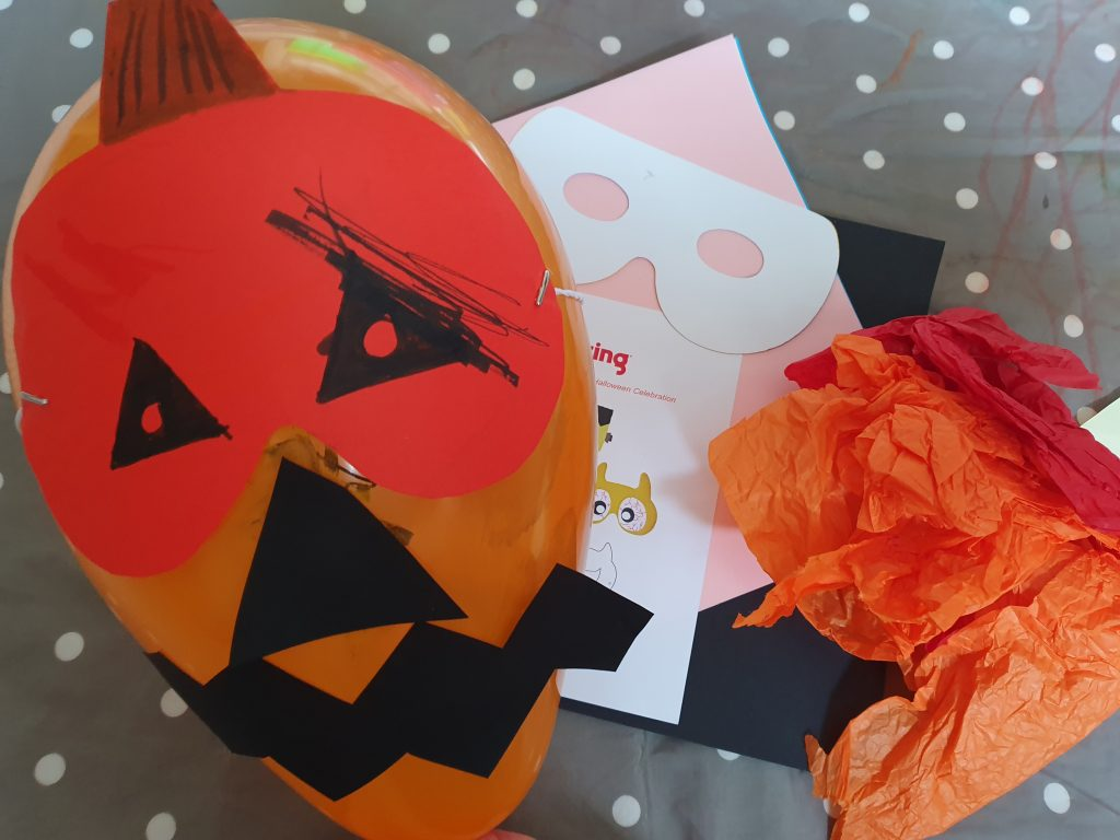Ideas for Halloween crafts with younger children