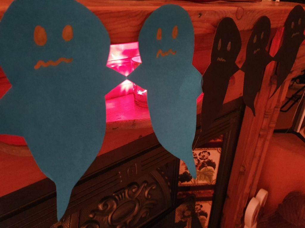 Cut out ghosts for halloween