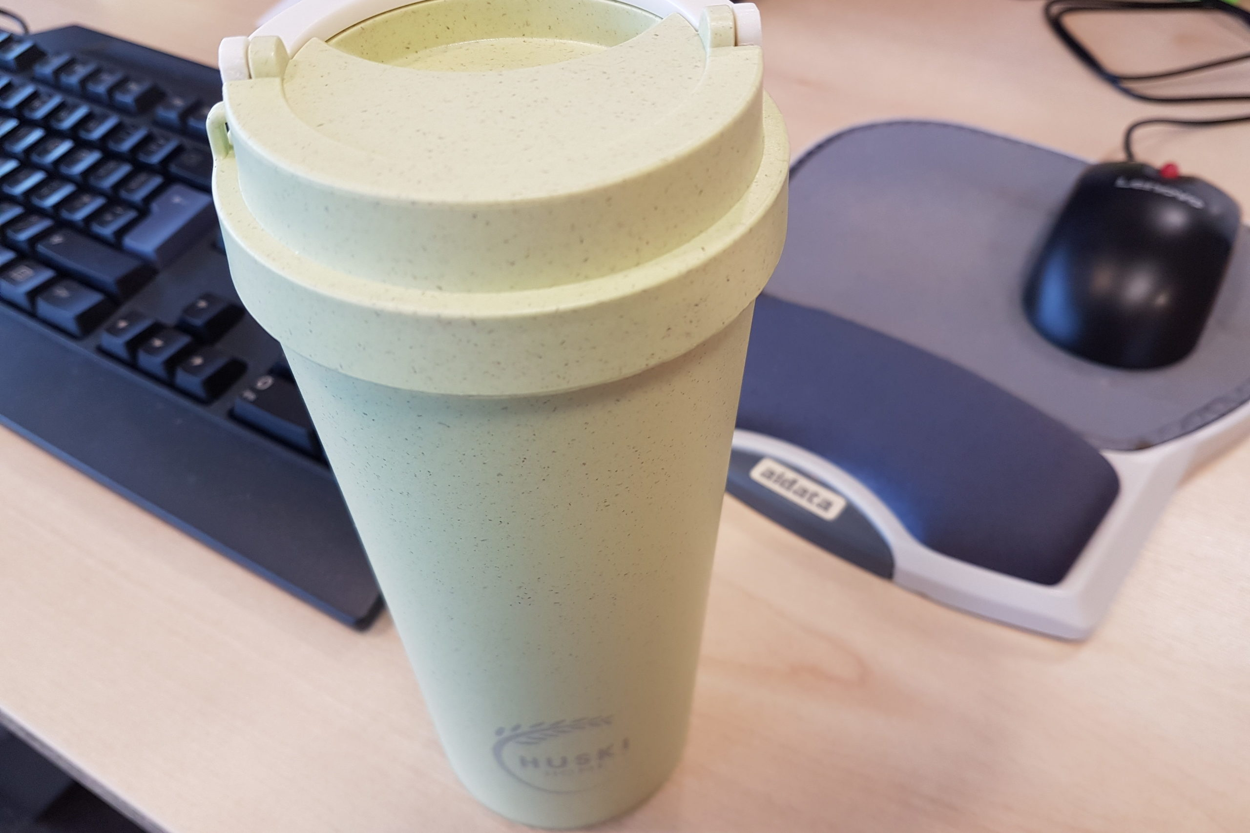Huski Home sustainable rice husk travel cup in pistachio