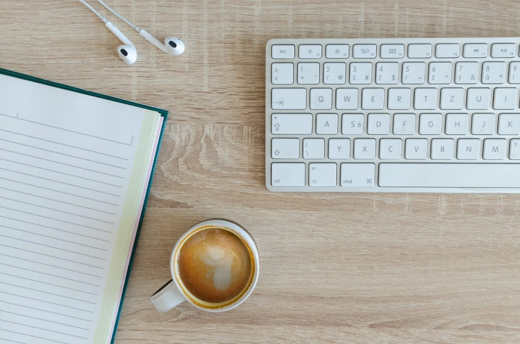 A review of the Writer's Job Newsletter